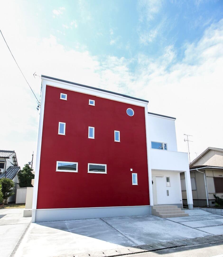 赤い塗壁(レッドスタッコ)